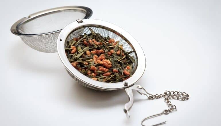 genmaicha in a tea infuser
